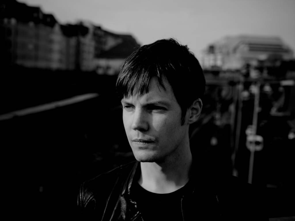 Ambivalent: Od kamošov som počul, že na Slovensku je fakt sranda a že ľudia milujú kvalitnú hudbu. Tak dúfam, že je to pravda.
