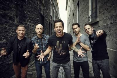 Kanadští punk rockeři Simple Plan představí 5. března v Praze naživo novou desku