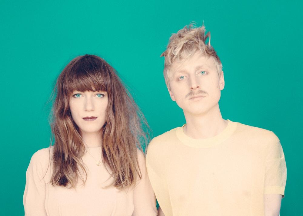 Berlínské dream-popové duo Me and My Drummer 22. 2. v LMB