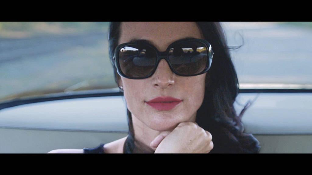 Čakanie je súčasťou života, v ktorom žijeme, odkazujú KING SHAOLIN v novom videoklipe