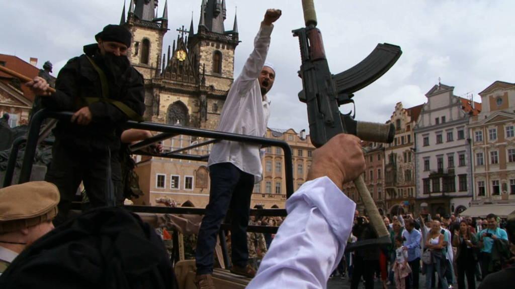 Nový dokument Zuzany Piussi Český Alláh je aj omožnostiach prepojenia politiky astrachu
