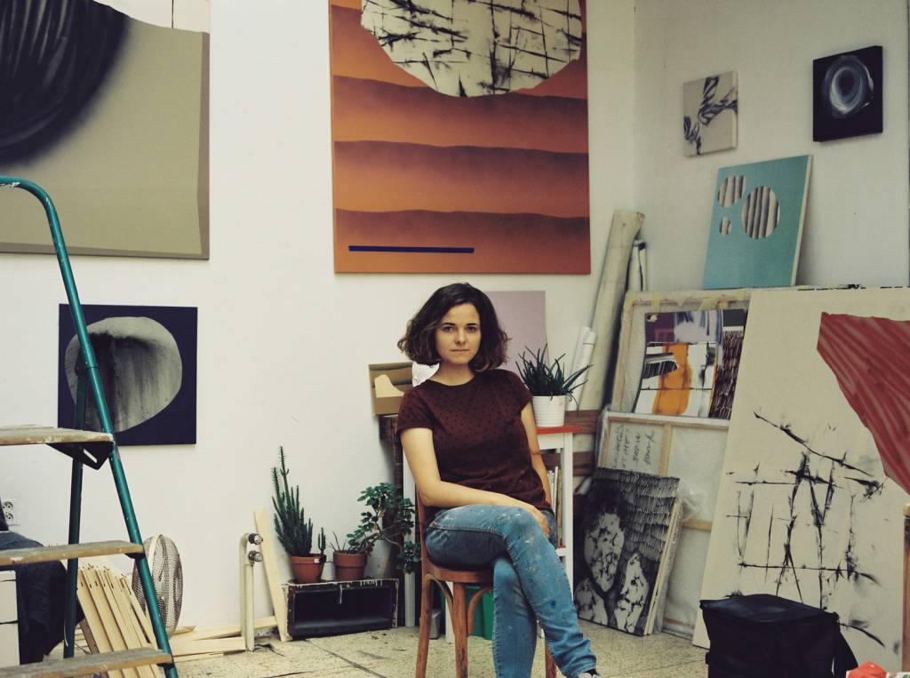 Maliarka Rita Koszorús vedie dialógy sdadaizmom